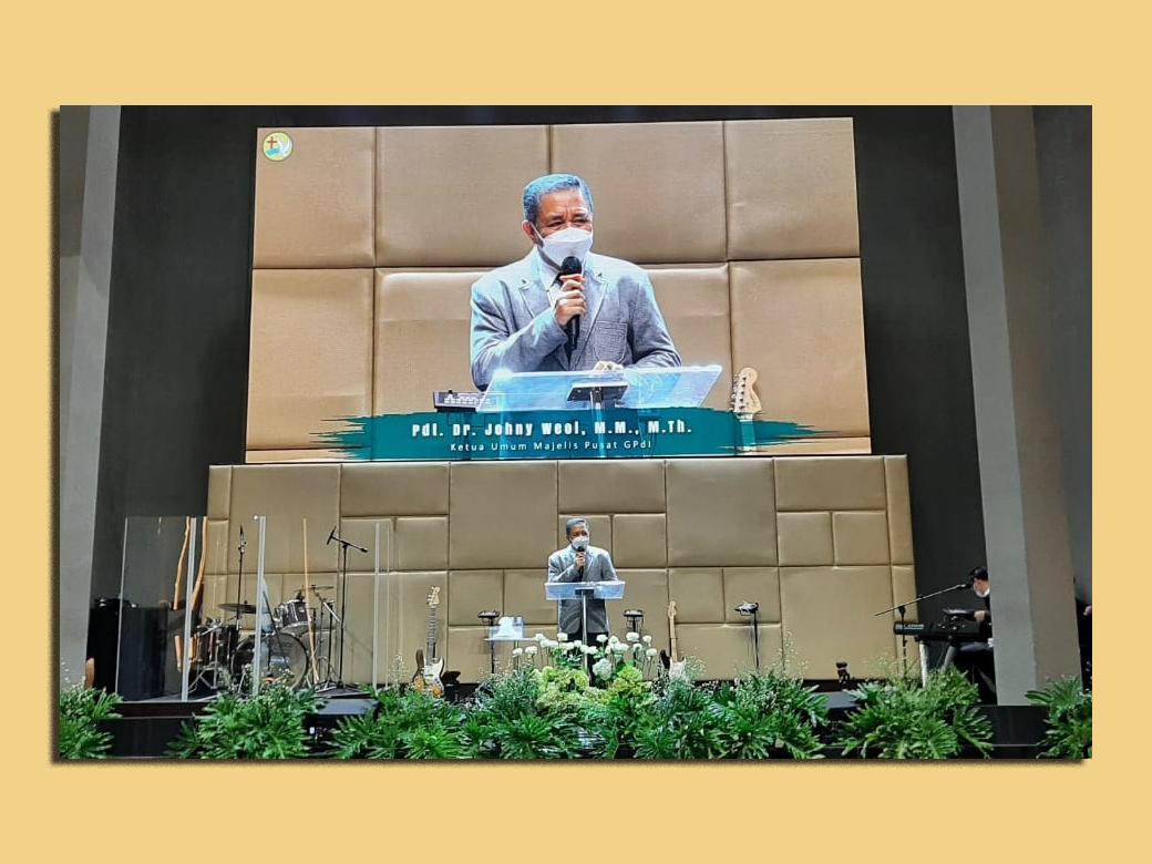 Ketum Hadiri Penamatan Sekolah Alkitab Pantekosta Online